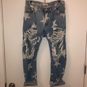 One Teaspoon Distressed Star Print Boyfriend Jeans
